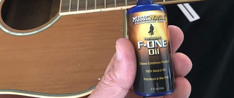 Fretboard conditioner