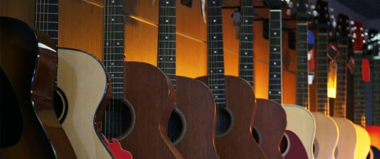 Short scale acoustic guitars